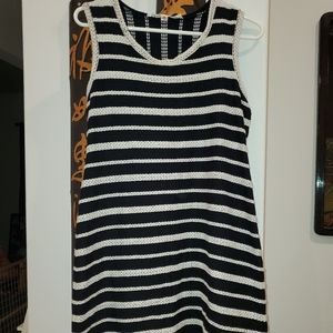Medium Size Black and White MaxMara